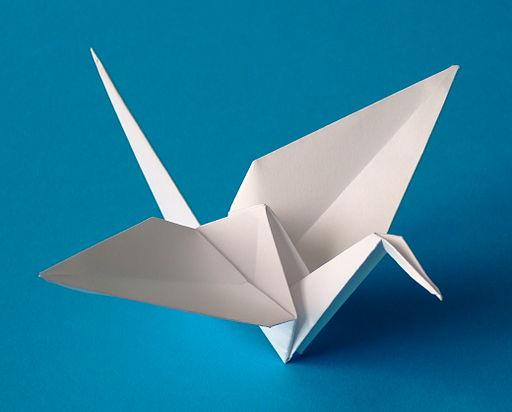 512px-Origami-crane